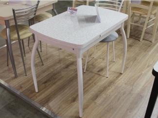 Мебельная выставка Москва: стол