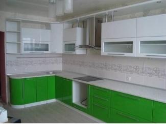 Угловая кухня бело-зеленая - Мебельная фабрика «Три кита»