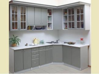 Серая угловая кухня с окошками  - Мебельная фабрика «Перспектива»