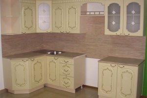 Угловая кухня с витражом Венеция - Мебельная фабрика «Фалькон»