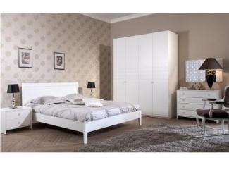 Белый спальный гарнитур Лучидо