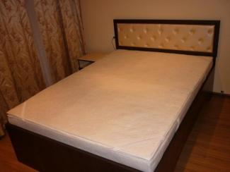 Кровать двухспальная 1