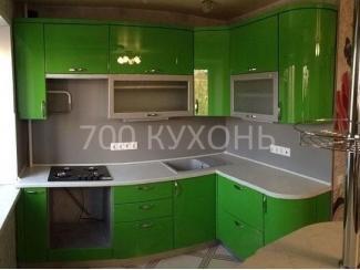 Яркая зеленая угловая кухня  - Мебельная фабрика «700 Кухонь»