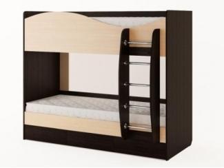 Удобная двухъярусная кровать с ящиками