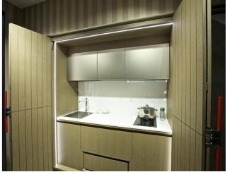 Кухня-шкаф в модели Квадра - Мебельная фабрика «Атлас-Люкс»