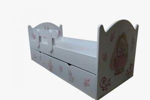 Белая детская кровать с бортиком - Мебельная фабрика «ПМК ВиП»