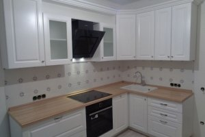 Белая классическая кухня - Мебельная фабрика «Виста»