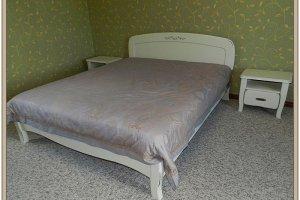 Белая кровать из дерева - Мебельная фабрика «СибСервис»