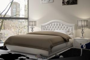 Белая кровать с утяжками Романтик - Мебельная фабрика «SoftWall»
