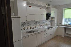 Белая кухня - Мебельная фабрика «Виста»