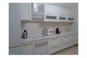 Белая прямая кухня - Мебельная фабрика «Удобна»