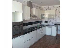 Белая угловая кухня - Мебельная фабрика «Стротман»