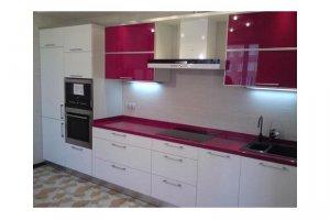 Бело-розовая кухня - Мебельная фабрика «Династия»