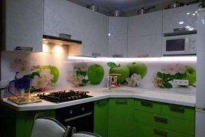 Бело-зеленая угловая кухня - Мебельная фабрика «Мебель +5»