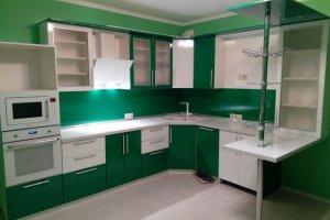 Бело-зеленая угловая кухня - Мебельная фабрика «ДОН-Мебель»