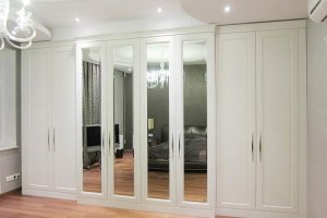 Белоснежный шкаф в спальню - Мебельная фабрика «Красивый Дом»