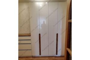 Белый распашной шкаф в прихожую - Мебельная фабрика «KL-Мебель»