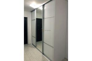 Белый шкаф-купе в прихожую - Мебельная фабрика «Алгоритм»