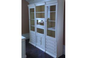 Белый шкаф в гостиную - Мебельная фабрика «Винтаж»