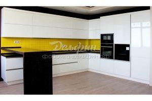 Большая белая угловая кухня - Мебельная фабрика «Дельфин»
