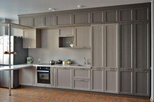 Большая кухня с барной стойкой - Мебельная фабрика «Лига»