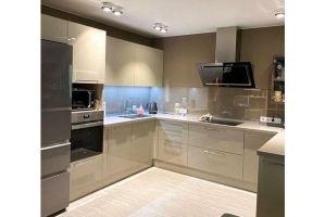 Большая п-образная кухня - Мебельная фабрика «Grol»