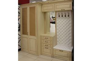 Большая прихожая с каретной стяжкой - Мебельная фабрика «Симбирский шкаф»
