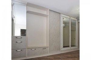 Большая светлая прихожая - Мебельная фабрика «Мебелин»