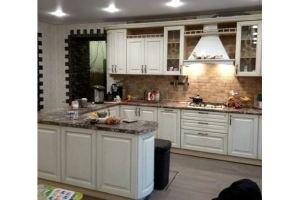 Большая угловая белая кухня - Мебельная фабрика «Мебель СБК»