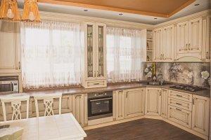 Большая угловая кухня Экошпон - Мебельная фабрика «Корпус»