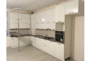 Большая угловая кухня с барной стойкой - Мебельная фабрика «PROМЕБЕЛЬ»