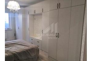 Большой белый шкаф в спальню - Мебельная фабрика «Мастер-М»