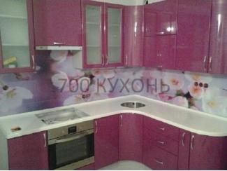Розовая угловая кухня  - Мебельная фабрика «700 Кухонь»