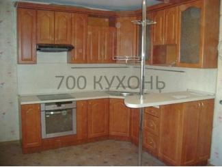 Классическая угловая кухня с барной стойкой  - Мебельная фабрика «700 Кухонь»