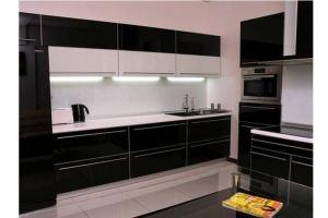 Черная кухня акриловый пластик - Мебельная фабрика «GradeMebel»