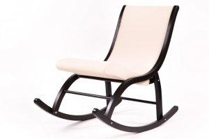 Кресло-качалка Люцерн ткань гардения, каркас венге - Мебельная фабрика «Мебелик»