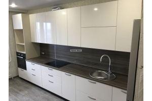 Кухня бежевая с темной столешницей - Мебельная фабрика «Кухни OLLI»