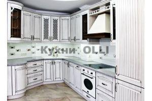 Кухня классическая П-оразная с патиной. - Мебельная фабрика «Кухни OLLI»