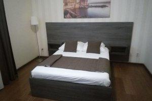 Кровать с большим изголовьем - Мебельная фабрика «SamSam»