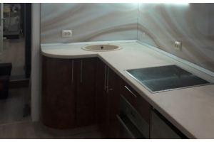 Кухня со столешницей из жидкого камня - Оптовый поставщик комплектующих «ФСК»