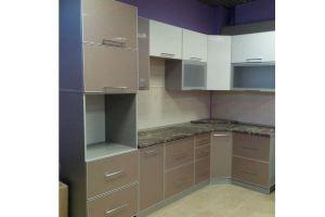 Угловая бежевая кухня - Мебельная фабрика «C&K»