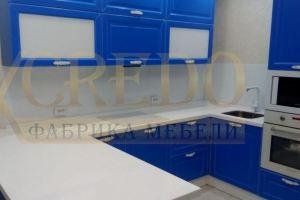 Яркая угловая кухня эмаль - Мебельная фабрика «Кредо»