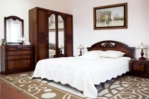 Cпальня Валерия 4 base - Мебельная фабрика «Орёлмебель»