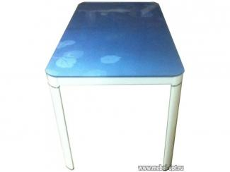 Стол синий обеденный 636