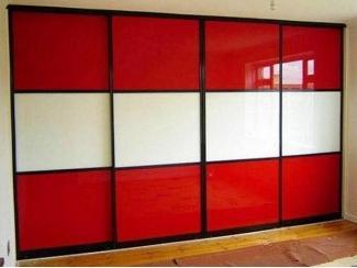 Красно-белый шкаф-купе  - Мебельная фабрика «700 Кухонь»