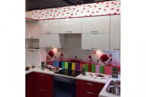 Угловая красно-белая кухня - Мебельная фабрика «МиАн»