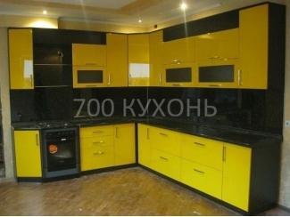 Черно-желтая угловая кухня  - Мебельная фабрика «700 Кухонь»