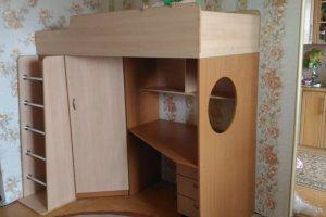 Детская кровать-чердак с рабочим местом и шкафом - Мебельная фабрика «Радуга-Мебель»