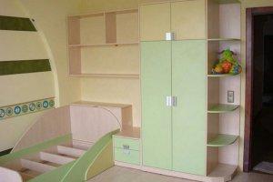 Детская кровать и шкаф  - Мебельная фабрика «Мебель +5»