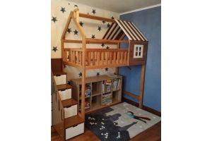 Детская кровать с лестницей и комодом - Мебельная фабрика «ВЭФ»